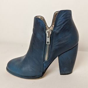 Michael Antonio blue ankle boots, booties size 6.5